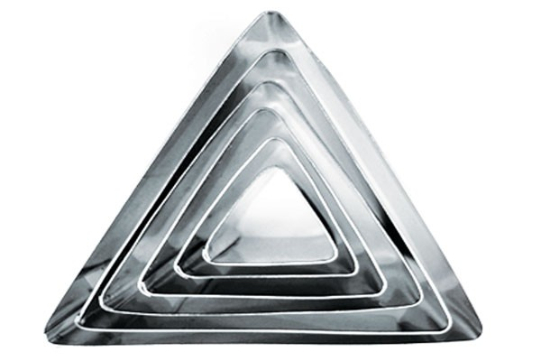 "Set of 6 Triangle Shape Cake Cookie Cutter - 1"" deep"